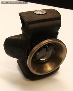 Lot 358 - 1920's black metal Carbide bicycle lamp