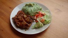 Porsaankyljykset, pinaattimussia ja salaattia