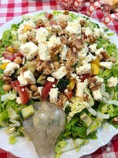 greek food Foodblogger, Greek Recipes, Vegetable Recipes, Cobb Salad, Vegetables, Greek Salad, Italy, Greek Food Recipes, Greek Chicken Recipes