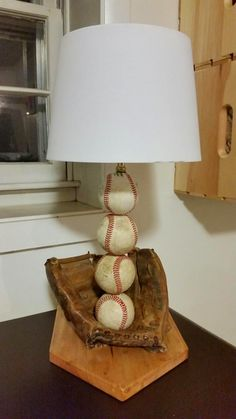 the perfect gift for a baseball fan. This is a great project for a beginner or advance DIY'er (Diy Projects For Boys) Baseball Lamp, Baseball Crafts, Baseball Room Decor, Baseball Wreaths, Baseball Stuff, Boy Room, Kids Room, Recycling, Reno