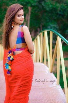Blouse Back Neck Designs, Sari Blouse Designs, Fancy Blouse Designs, Bridal Blouse Designs, Blouse Patterns, Blouse Styles, Choli Blouse Design, Sleeves Designs For Dresses, Stylish Blouse Design