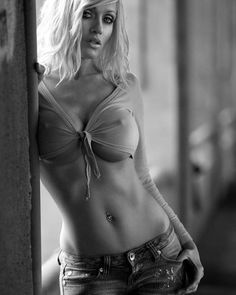 Slutty blond milf midriff in jeans