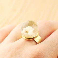 Inel floare alba de nairafee Breslo Rings, Jewelry, Jewlery, Jewerly, Ring, Schmuck, Jewelry Rings, Jewels, Jewelery