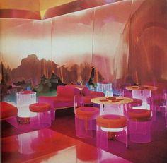 Cesare Casati and Emanuele Ponzio Domus pink installation 1970