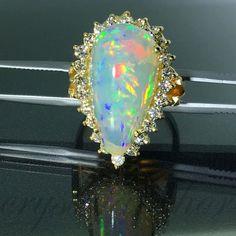 18k Yellow gold Natural Ethiopian Opal & VS-1 by crystalanchor
