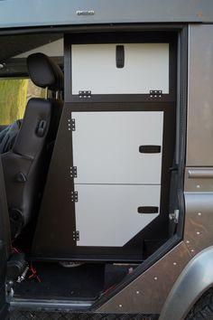 Land Rover Defender Camping, Defender Camper, Defender 110, Landrover Defender, Camping Date, Truck Bed Camping, Ranch Style Floor Plans, Garage Floor Plans, Overland Gear
