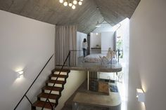 Image 5 of 34 from gallery of Maison T / Nghia-Architect. Photograph by Tuan Nghia Nguyen