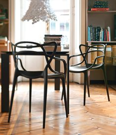 Chaises | Sièges | Masters | Kartell | Philippe Starck-Eugeni. Check it out on Architonic