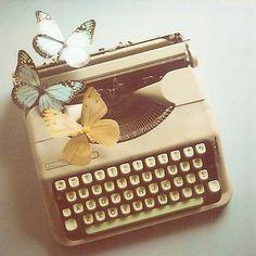 Machine à écrire vintage.