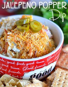 Jalapeno Popper dip - perfect for snacking or entertaining! New Years Appetizers, Yummy Appetizers, Appetizer Recipes, Party Appetizers, Jalapeno Popper Dip, Dip Recipes, Mexican Food Recipes, Mexican Dips, Sweet Recipes