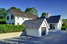 The Hampton's Contemporary Yankee Barn Home