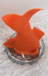 Stuck goldfish bath plug, cute gift for kids? Unless they would keep trying to pull it out. Idee Diy, Cool Gadgets, Future Baby, Things To Buy, Baby Love, Inventions, Plugs, Sweet Home, Geek Stuff