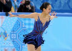 【フィギュアスケート】女子フリーで華麗に演技する浅田真央=ロシア・ソチのアイスベルク・パレスで2014年2月20日、貝塚太一撮影