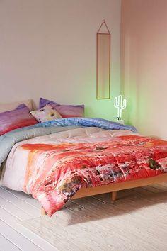 Laila Desert Landscape Reversible Comforter - Urban Outfitters