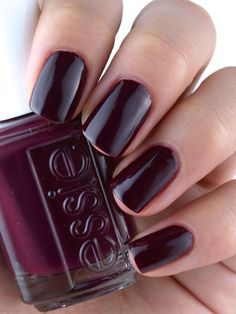 Essie In The Lobby Fall 2015 Collection: Review and Swatches❤️❤️❤️ #essiepolish @essiepolish #falltrend2015