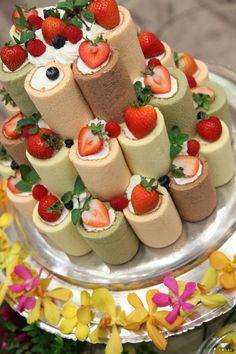 ☆タワーロールケーキ☆ ロールケーキをピラミッドのように タワー状にしたかわいらしいケーキ♪