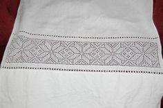 Selger forkle til Sunnhordalands , Fitjarbunad og sommerdrakta Hardanger Embroidery, Traditional Outfits, Crochet, Clothing, Embroidery, Outfits, Ganchillo, Outfit Posts, Crocheting