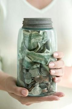 10 Quick Tips to Save Money Without Trying !!