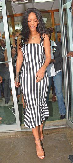 Rihanna On A Beautiful Dress - http://imashon.com/w/celebrities/rihanna-on-a-beautiful-dress.html