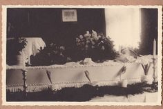 Vintage Post-Mortem Photo Of Young Girl In Coffin - Mourning - Funeral - Flowers