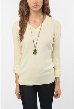 pale yellow boyfriend v neck this is perfect!