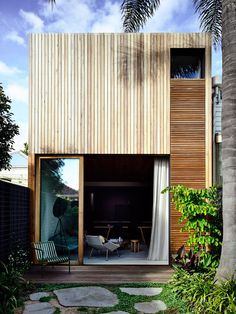 With a restricted palette and commitment to introducing natural light into the narrow bones of an existing Victorian terrace, Albert Park Residence sees Wellard Architects bring a sense of muted calm and openness into the home.