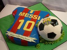 Soccer Cake with favorite team (Brazil) and soccer ball, maybe different type of cake? Messi Birthday, Soccer Birthday Cakes, 15th Birthday, Soccer Theme, Soccer Party, Barcelona Cake, Barcelona Party, Barcelona Shirt, Soccer Ball Cake
