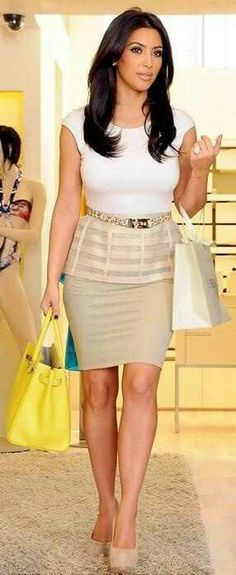 Sometimes a great #GNO can be shopping with your besties (in a cute outfit like #KimKardashian, of course ;)