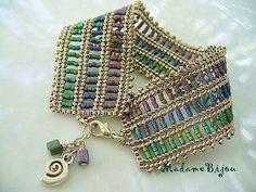 Herringbone.  Love it!  Madame Bijou: Bracelets