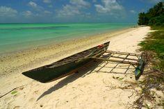 https://flic.kr/p/buTgca | Fishing canoe, Abaiang
