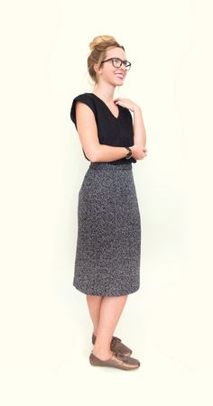 free pattern - pencil skirt - you also find dresses and bluses for free there - SewingSchoolƒ