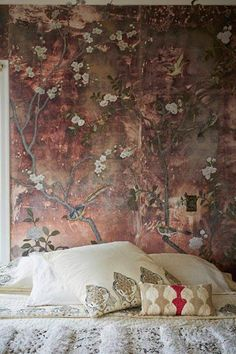 Home of Erica Tanov love the antique chinoiserie wall hanging behind the bed Style At Home, Tapetes Vintage, Shabby Chic Tapete, Interior Inspiration, Design Inspiration, Basement Bedrooms, Interior Decorating, Interior Design, Of Wallpaper