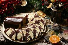 Rudolf Héger sa s vami tento raz podelí o recept na tradičný metrový koláč. Sausage, Meat, Breakfast, Recipes, Food, Cakes, Morning Coffee, Eten, Food Cakes
