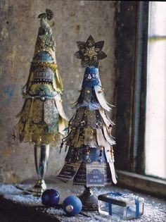 upcycle old christmas cards? I can see these as elegant ladies/dancers/fairies. Let the fun begin