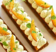 R.I.P. ....Victime de son succès la tarte cerises et thym ne finira pas le mois...elle laisse la place dès ce week end à la tarte abricot et romarin...souhaitons lui autant de réussite !!!  @geraldinemartens  #chef #nicolasbacheyre #pastry #patisserie #tarte #tart #pie #abricot #romarin #apricot #rosemary #food #foodie #yummy #tasty #sweet #sweetooth #daily #photo #picoftheday #hdr #follow #me #simple #love #life #enjoy #glutenfree . Great Recipes, Favorite Recipes, Pastry Recipes, Culinary Arts, Bread Baking, Food Styling, Avocado Toast, Donuts, Food Photography