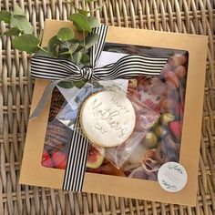 Next Saturday, Sunday, Oreo Cake Pops, Graze Box, Picnic Box, Brunch, Fully Booked, Food Bars, Boards