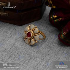 Jadtar Ring gms) - Antique Jewellery for Women by Jewelegance Antique Jewellery Designs, Gold Ring Designs, Gold Bangles Design, Gold Jewellery Design, Antique Jewelry, Indian Jewelry Earrings, Jewelry Design Earrings, Gold Earrings Designs, Silver Earrings