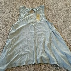 American Eagle top Gray Never worn this tag Perfect for shorts or either jeans American Eagle Outfitters Tops