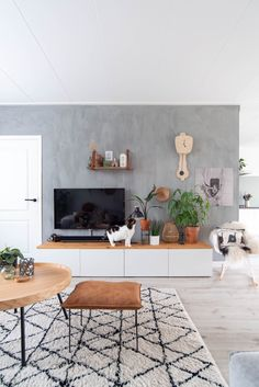 Nordic Living Room, Boho Living Room, Living Room Colors, Living Room Grey, Living Room Modern, Home And Living, Living Room Decor, Old House Decorating, Living Room Candles