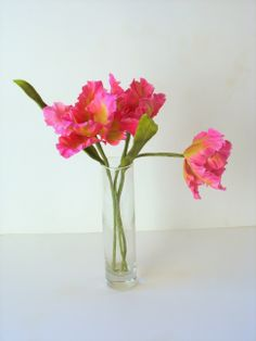 Flowers+-+Gumpaste+Pink+and+Green+Parrot+Tulips.+Find+me+on+FB.+Shaile's+Edible+Art.