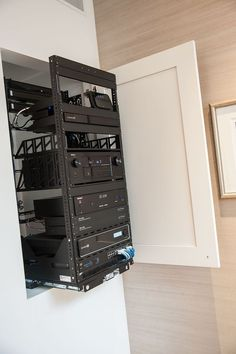 Home automation control nicely out of the way thanks to this Middle Atlantic rack available at Audio Visual Solutions Group 9340 W. Home Theater Rooms, Cinema Room, Home Theater Wiring, Home Theater Basement, Basement Bars, Basement Ideas, Knx Home Automation, Deco Tv, Hifi Rack