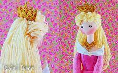 Transformando uma paixão em trabalho, a designer Farida Trindade criou a marca Isadoll Decor através da qual dá vida a lindíssimas bonecas de pano e reinterpreta célebres personagens da história, da moda e dos contos de fada. O mais interessante é a maneira na qual a designer alia a qualidade tradicional do feito à mão …