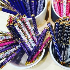 Add some sparkle to your counter tops with Finmark's range of decorate pens. So many colours to choose from! On display at Reed Gift Fairs Retail Quarter Melbourne.