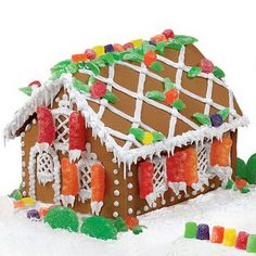 Amazing Traditional Christmas Gingerbread Houses_03 (2)
