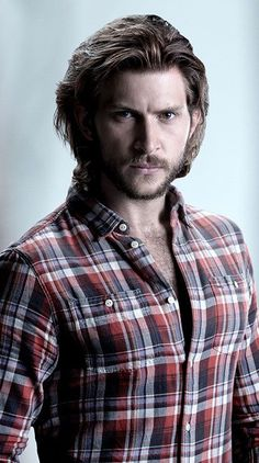 Today's Hottie is Greyston Holt. Greyston is one of the stars from the SyFy television show Bitten. For more info on Bitten Stop HERE. Perfect Man, A Good Man, Bitten Tv Show, Female Werewolves, Fantasy Tv, Poses, Man Crush, Sexy Men, Hair