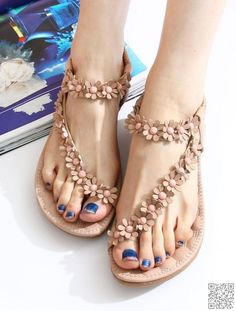 2. #Sandals with Gorgeous Hardware - #Stylish #Shoes That Are Big in NYC ... → Shoes #Gorgeous