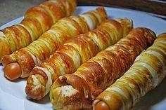 Wiener im Brezenteig 5