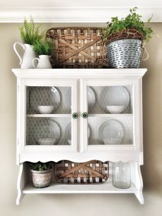 These tobacco baskets were made for this little hutch.