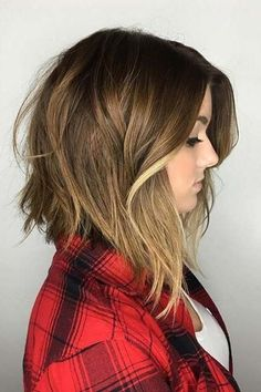 The Best Short Cuts for Thin Hair | Hello, volume! If you've grown up with thin hair, you've probably tried to combat it in every which way–from vitamins to strengthening products, to hair masks. While all of those products are beneficial, we've found the most stylish ways for you to make your thin hair look full and thick.