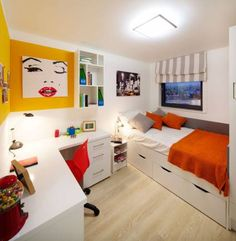 5-8 Bedroom Cluster Flats For Rent - Pads for Students!  Such a neat room! Aline